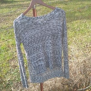 Arizona jeans Hi low size medium sweater